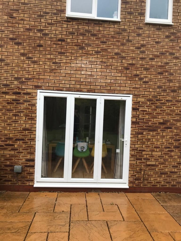 Paint removal from brickwork Milton Keynes